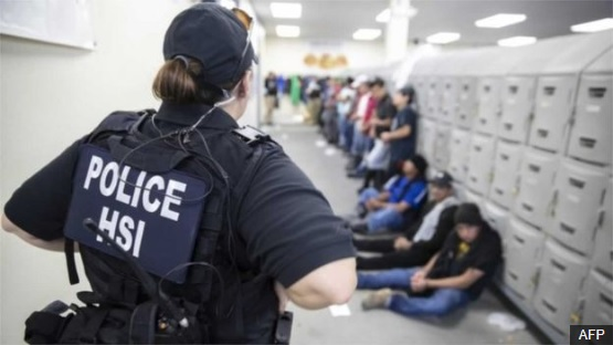 US immigration: ICE releases 300 people after Mississippi raids
